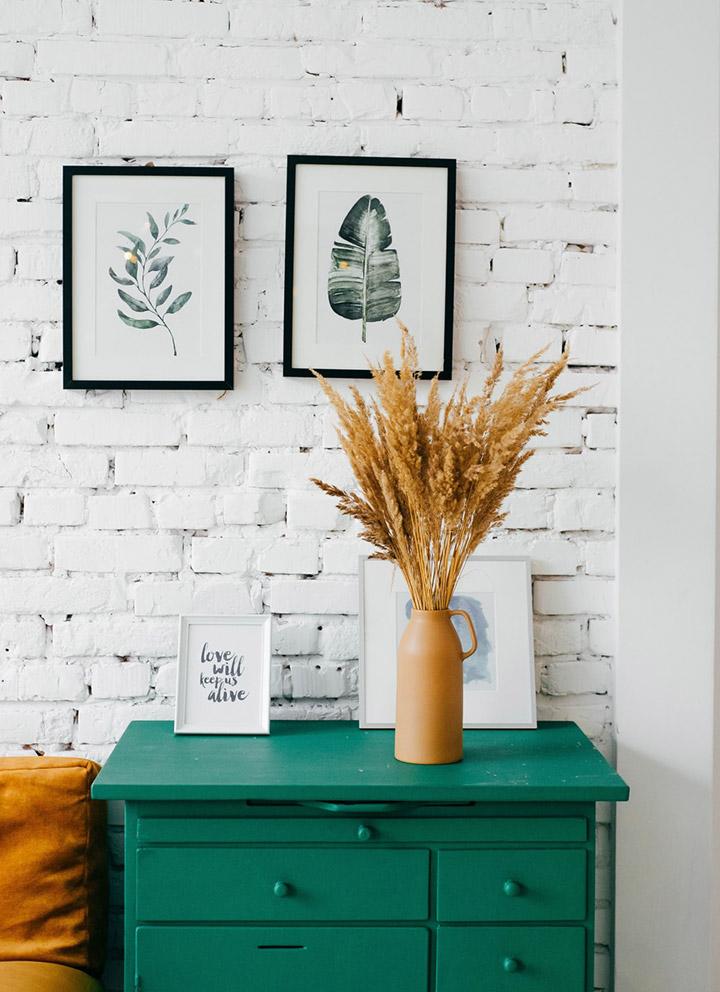 Decorar una pared blanca con fotos