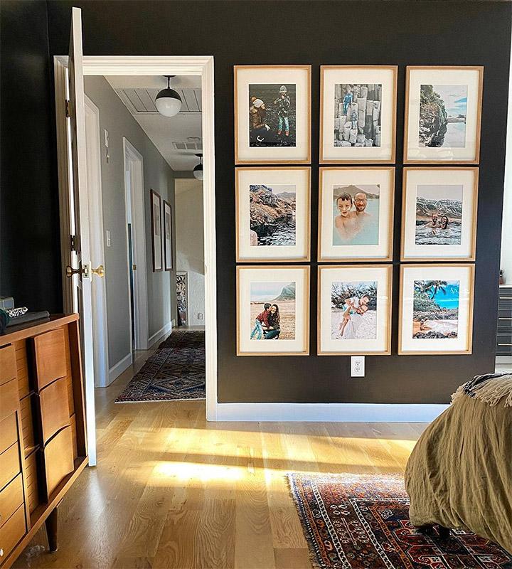 Decorar paredes con fotos familiares