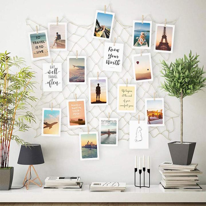 Decorar paredes con fotos en una red de pesca