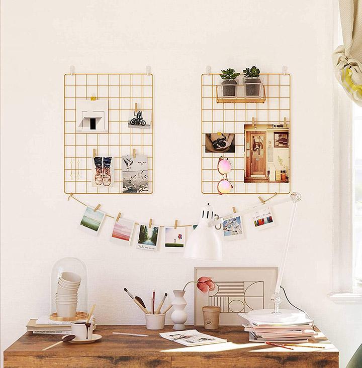 Decorar paredes con fotos en una rejilla de metal