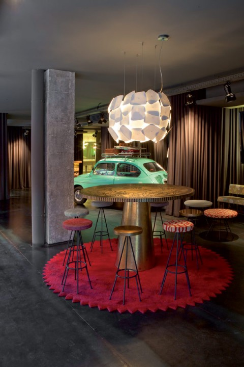 chic-and-basic-hotel-Barcelona-02