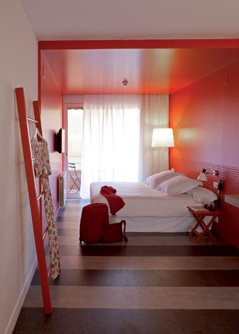chic-and-basic-hotel-Barcelona-14