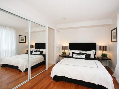 habitaciones pequeñas con espejo