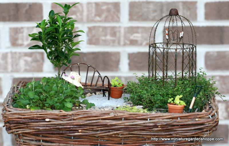 Jardines en miniatura increibles decorar hogar for Jardines en miniatura