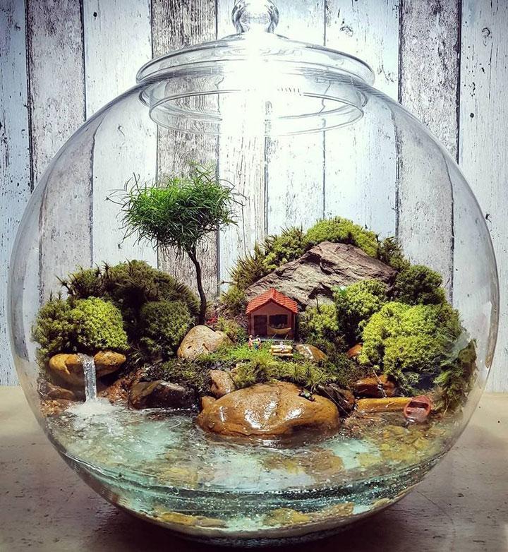 Terrario de plantas artificiales para decorar