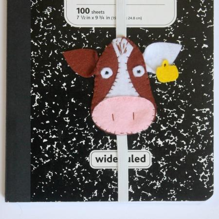 vaca-fieltro-para-decorar-libretas