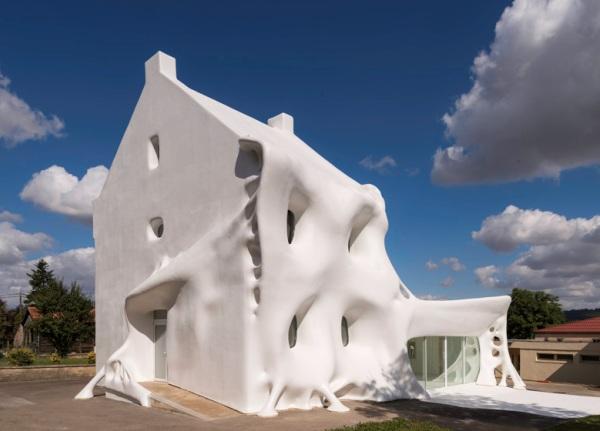edificios-con-formas-curvas-06