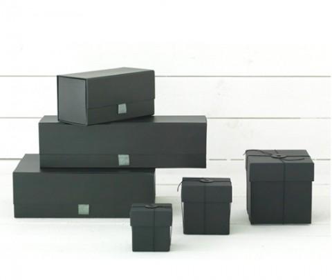 cajas-negras-regalo-05