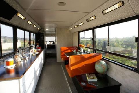 autobus-convertido-en-una-casa-02
