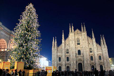 Árbol de Navidad en Milan
