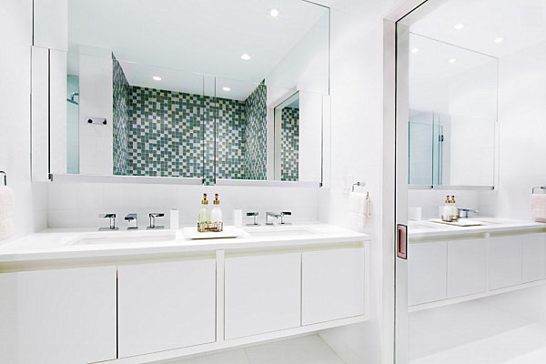 Armarios De Baño Grandes:Bathroom Sliding Mirror Closet Doors