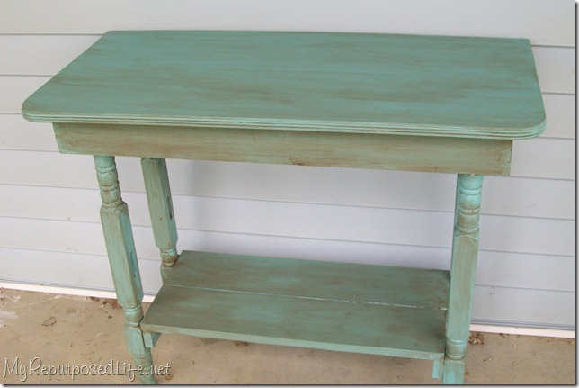 Convertir una cuna en una mesa vintage