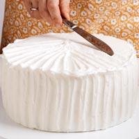 Haz rayas en el glaseado del pastel