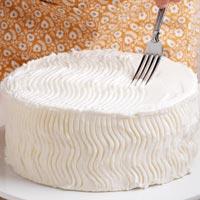 Haz Zig Zag en el frosting de la tarta
