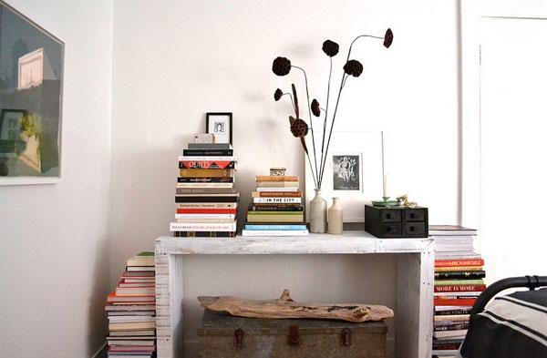 Decoración con libros al estilo casual
