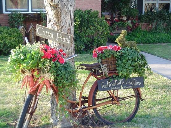Reciclar la bici con flores