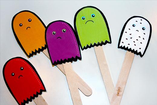 Fantasmas recortables para los niños en Halloween