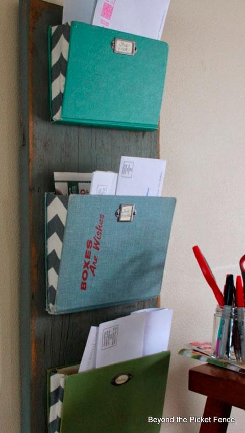 DIY para organizar el correo al estilo vintage