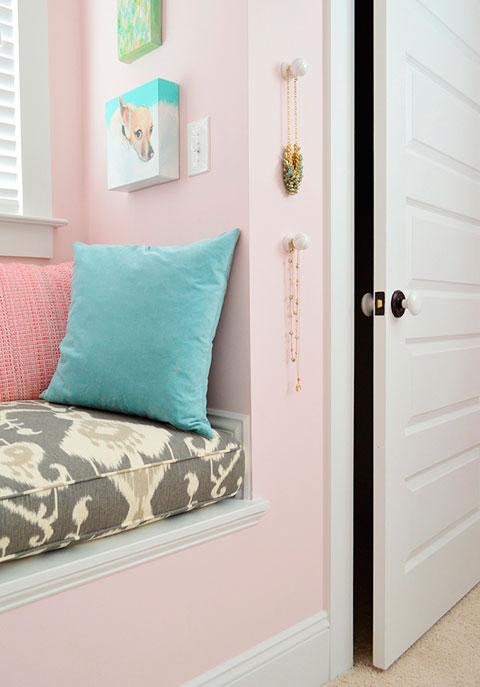 Utilizar pomos de armarios como colgadores decorar hogar for Pomos para armarios