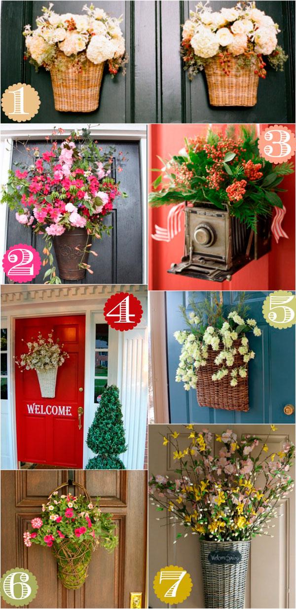 Cómo decorar puertas con cestas de flores