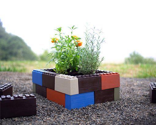 jardineras hechas con lego