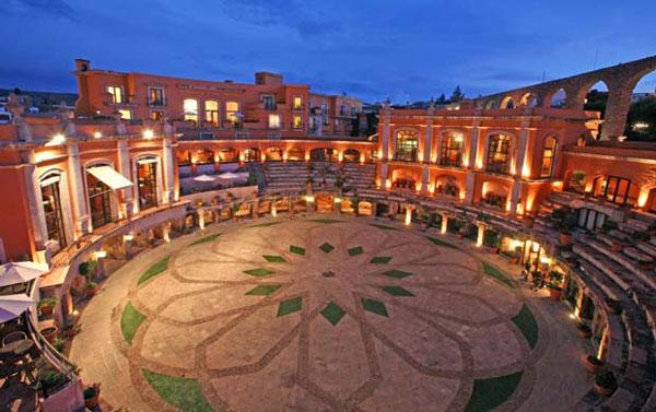Hotel Plaza de Toros en Mexico