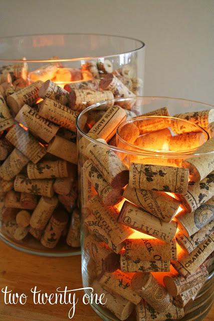 Decoración con tapones de corcho de vino y velas