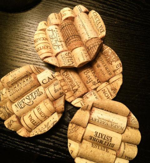 Posavasos con tapones de vino de corcho