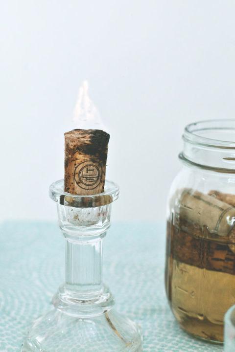 Convertir un tapón de corcho en una vela