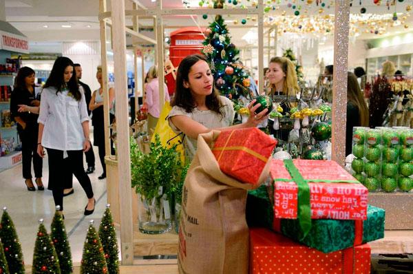 Decoración comercio en Navidad