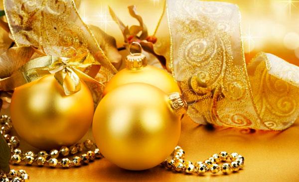 Adornos árbol navidad bolas y esferas