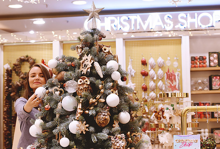 Ideas sobre como decorar un comercio en Navidad