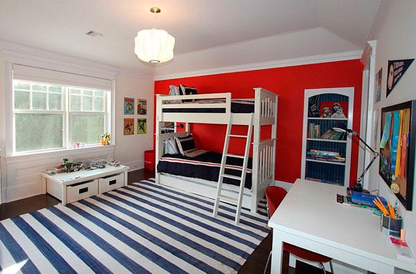 Habitacion infantil para niños en rojo azul y blanco