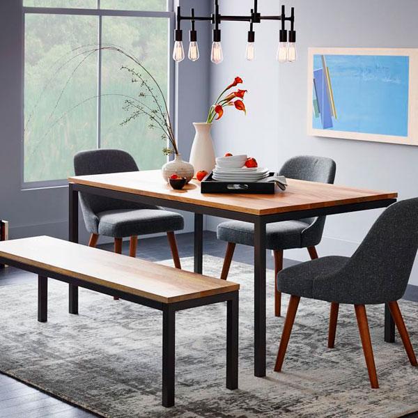 como limpiar la casa rápido: Ordena la mesa del salón