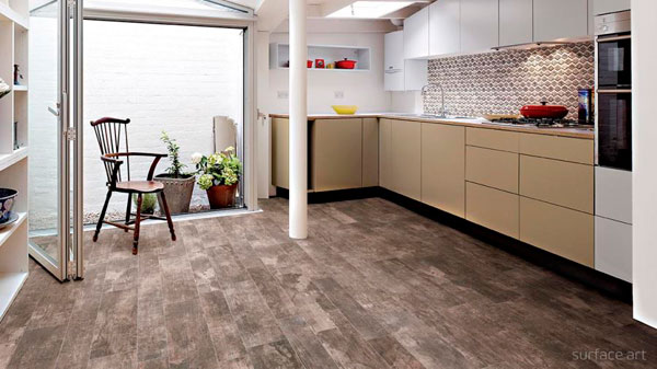 suelos de efecto madera de cermica en la cocina - Suelo Ceramica Imitacion Madera