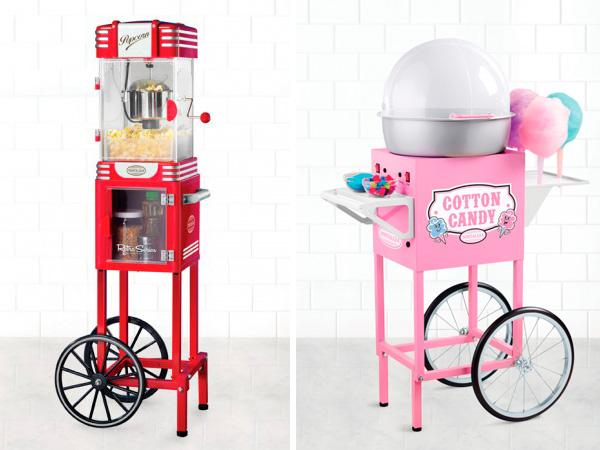 Máquina de hacer palomitas retro y máquina de algón dulce