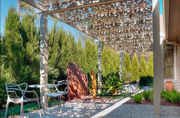 Árboles de ciprés para tapar a los vecinos