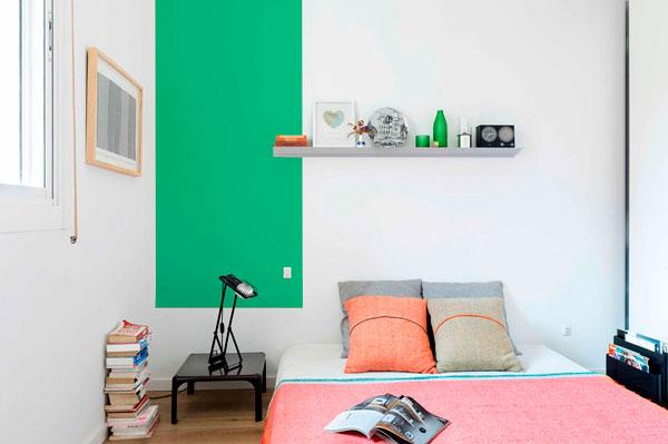 Dormitorio estilo vintage moderno en un piso de Barcelona