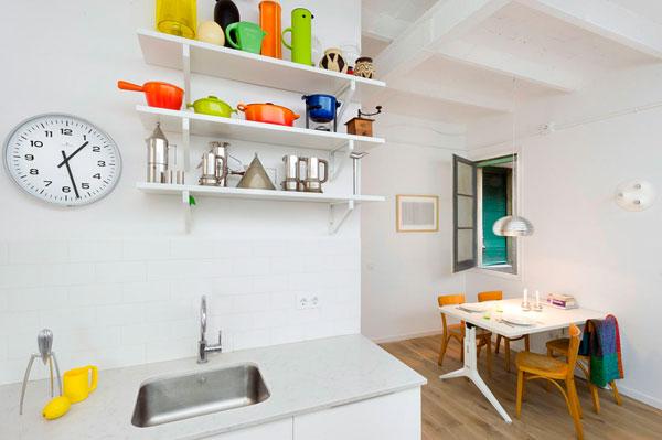 Estudio en Barcelona con un diseño renovado y moderno