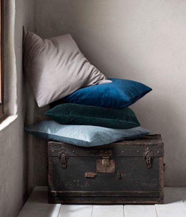 Cojines y almohadas con textiles de terciopelo