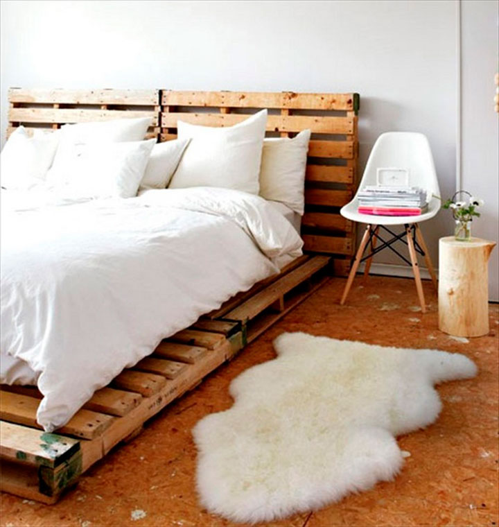 cama hecha con palets de madera
