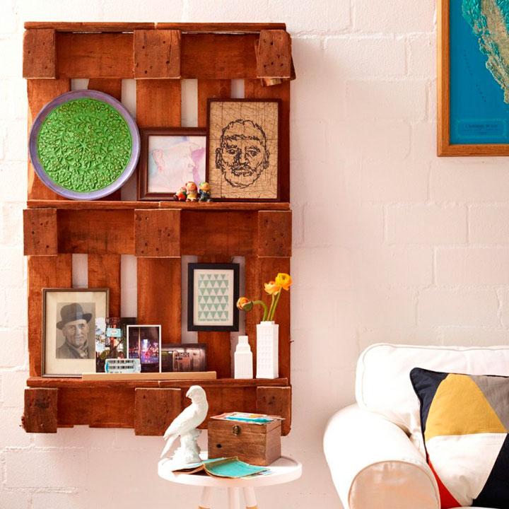 Muebles con palets de madera tendencias 2018 decorar hogar - Decorar paredes con palets ...