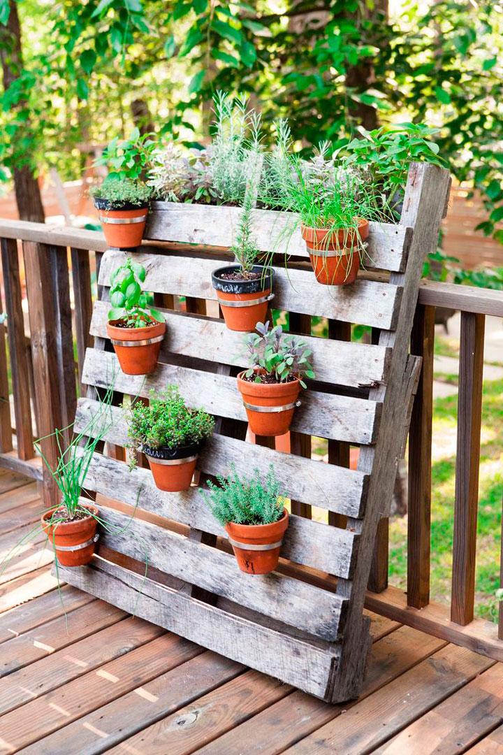 Mubles hechos con palets reciclados - Jardinera de Exterior