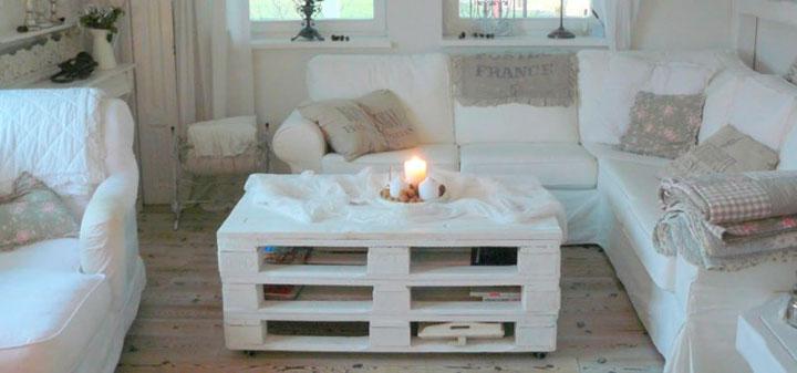 Muebles de palets de madera bancos y mesas