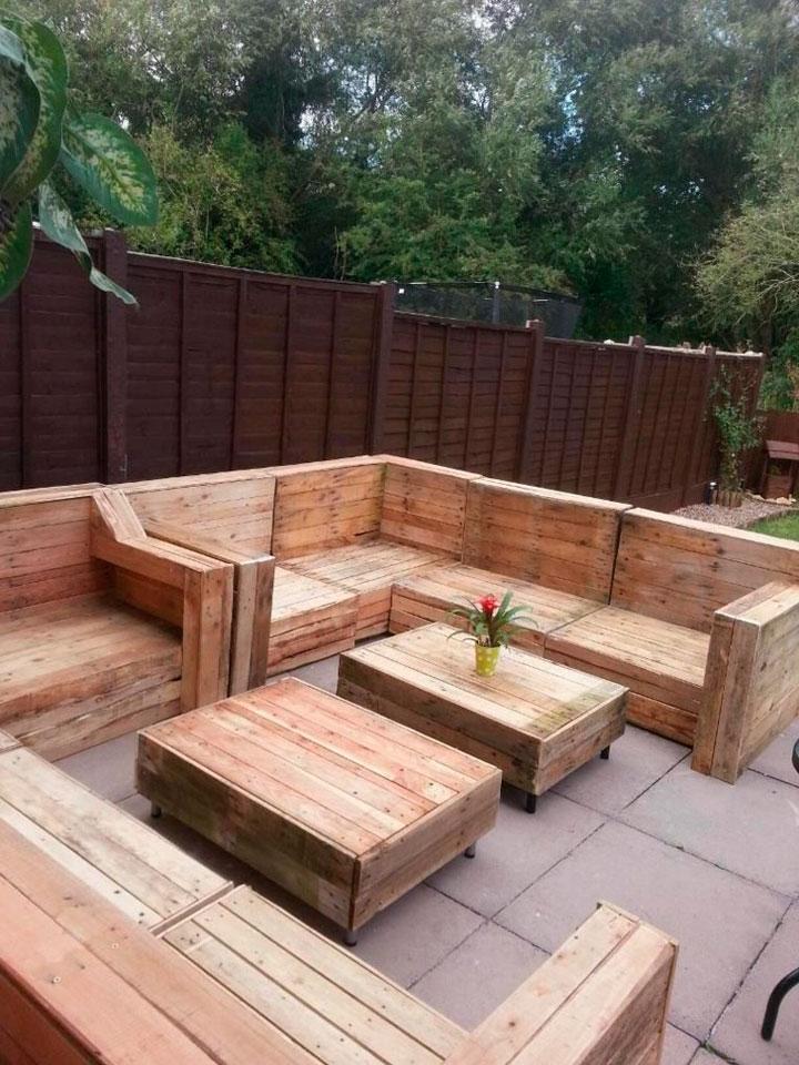Muebles de palets para el jardín exterior