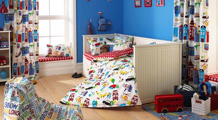 Cortinas infantiles para decorar el dormitorio de niños y niñas