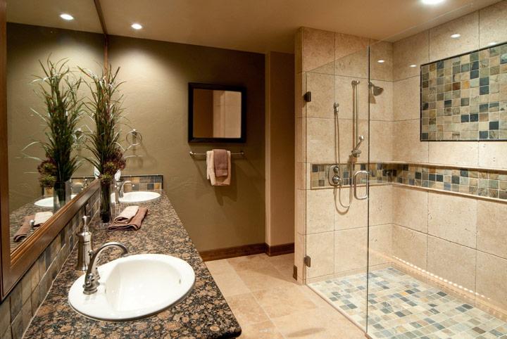Ducha romana estilo baño rústico