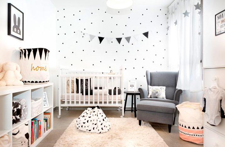 Colores crema en el dormitorio del bebé