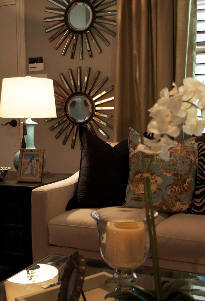 Espejos de sol pequeños para el salón