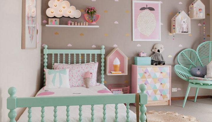 Tonos pastel en habitaciones de niños vintage con cojines